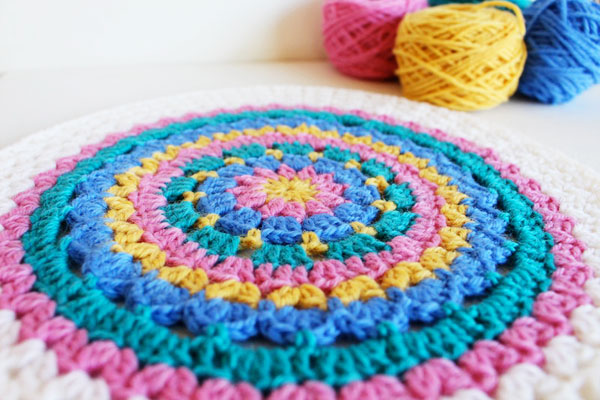 Carnivale Cushion: Crochet-along Part 3 | poppyandbliss