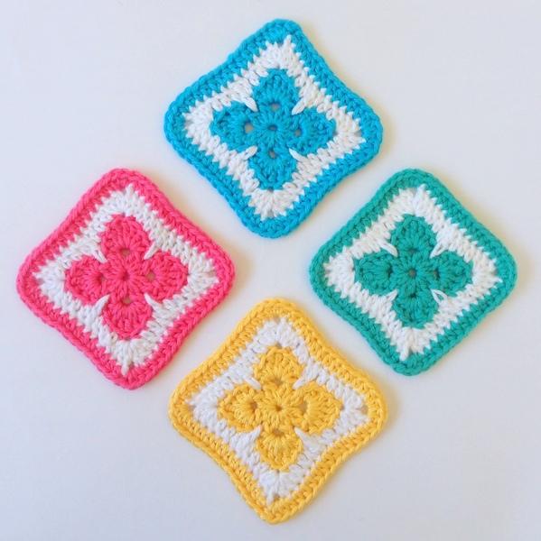 Fleur Motif free pattern