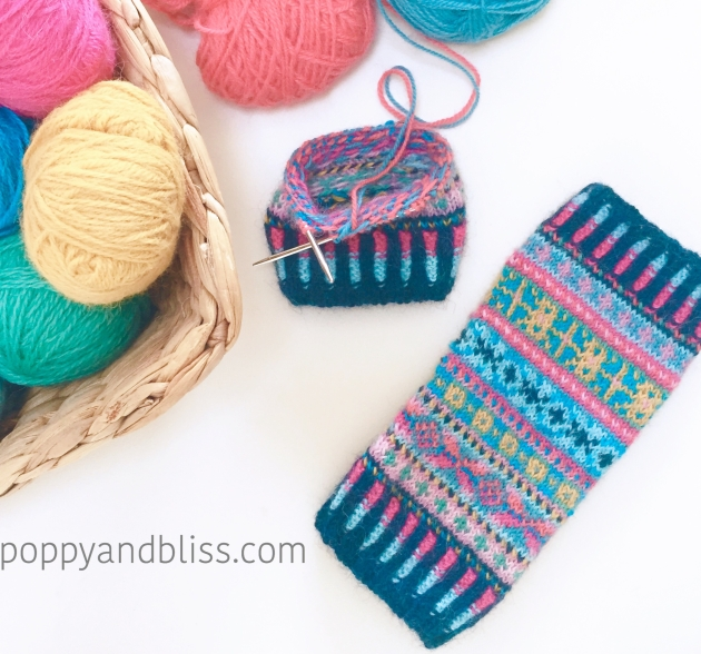 fairisle_wristies